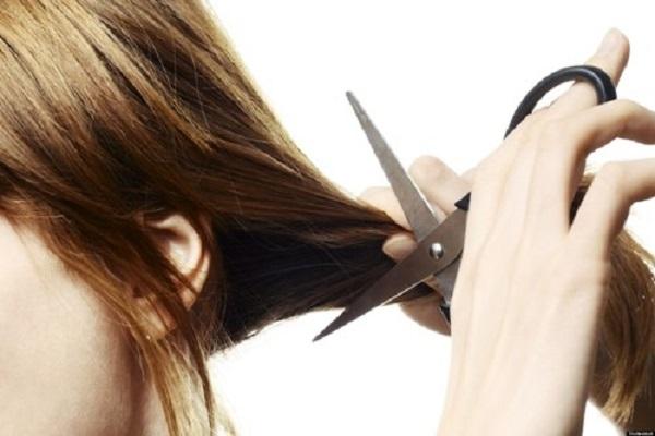 Ý nghĩa điềm báo mơ thấy cắt tóc