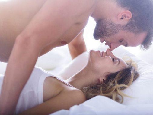 Nằm mơ thấy quan hệ là điềm báo gì, đánh con gì may mắn