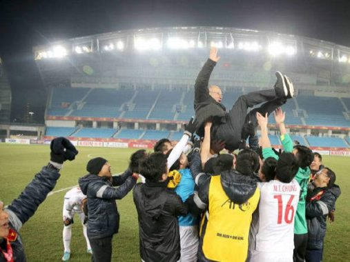 Tin bóng đá Việt Nam 12/4: HLV Park Hang Seo tiết lộ bí quyết thành công tại Việt Nam