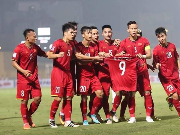 Bóng đá Việt Nam 15/11: FIFA đưa tin chiến thắng Việt Nam trước UAE