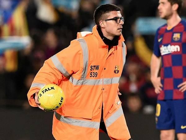 Barcelona bị phạt do sự cố sau trận Siêu kinh điển