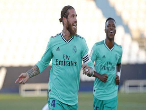 Ramos ghi tên mình vào lịch sử La Liga